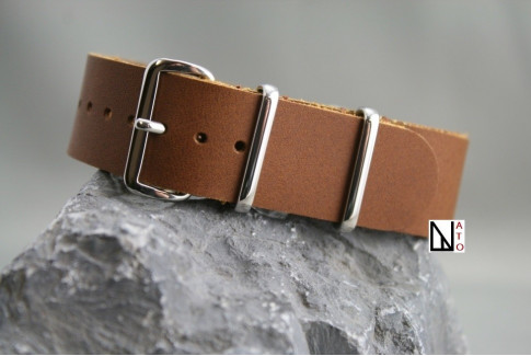 Caramel-colored leather G10 NATO strap