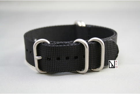 Black NATO ZULU nylon strap (highly resistant fabric)