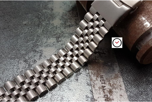 Super Jubilee solid stainless steel watch band (20 & 22 mm), security clasp