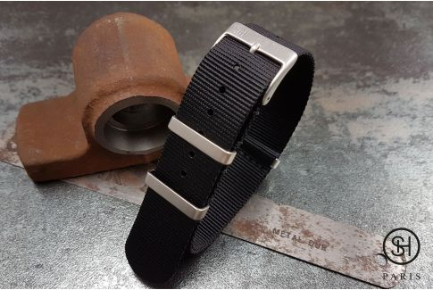 Black SELECT-HEURE nylon NATO watch strap, square brushed stainless steel buckles