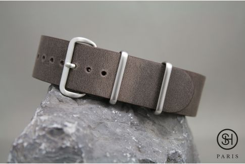 Dark Brown SELECT-HEURE leather NATO watch strap, brushed stainless steel buckle