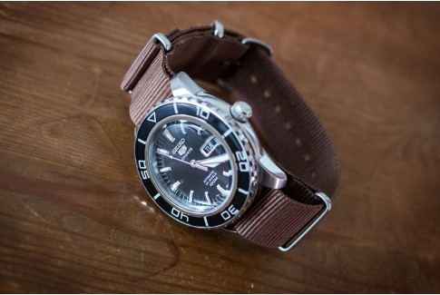 Brown G10 NATO strap (nylon)